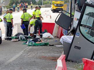 Inspeccionando el lugar del accidente