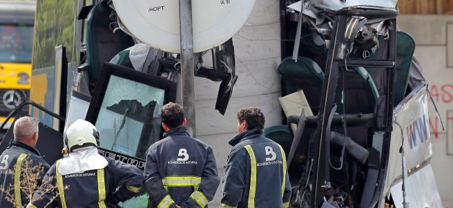 Observando el accidente