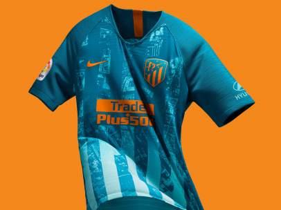 68f2992bbc8e7 La tercera camiseta del Atlético de Madrid es un mapa