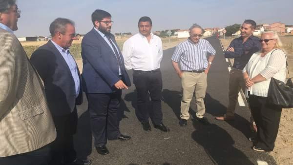 Cabrera durante las visitas a las obras de la carretera Ávila 4-9-2018