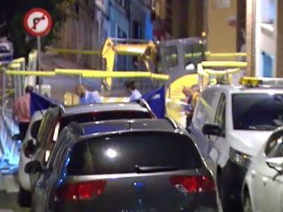 Muere una mujer empujada desde un balcón