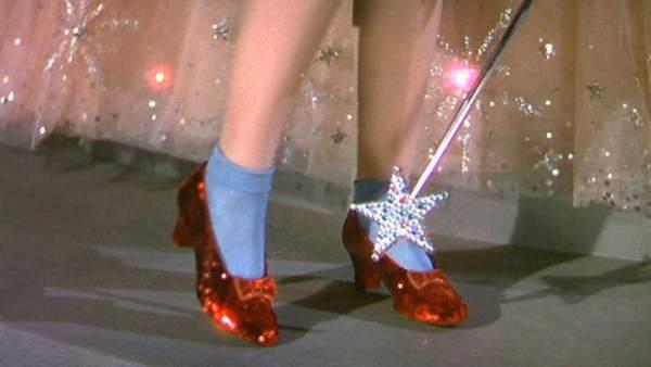 El Recupera Usó Los Zapatos Que En Rojos Fbi Judy Garland 'el Mago 80PnwONkX