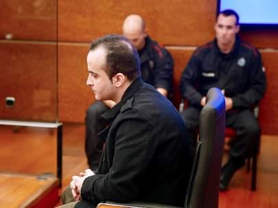 Juicio en Vitoria al presunto asesino de un bebé