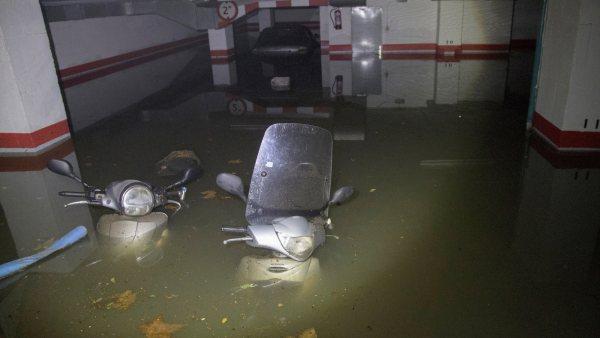Garaje inundado en Barcelona