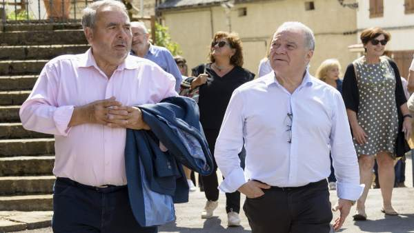 Miguel Gracia en su visita a Yebra de Basa.