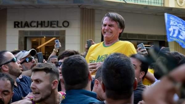 Candidato ultraderechista apuñalado en Brasil
