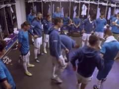 Cristiano Ronaldo habla a sus compañeros antes de la final de Kiev.