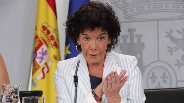 La ministra de Educación y portavoz del Gobierno, Isabel Celáa.
