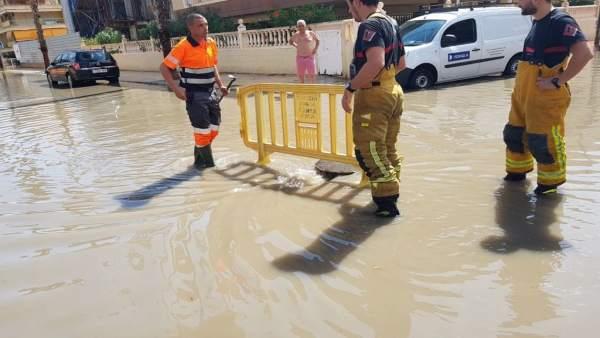 Calles inundadas en Santa Pola