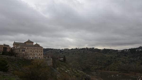 Nubes Nublado Mal Tiempo Lluvia