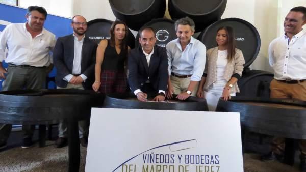 PP-A lleva al Parlamento la declaración de las bodegas de Jerez a Patrimonio