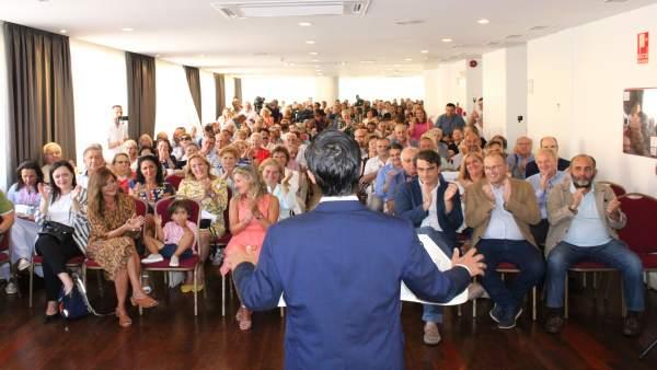 Rey Varela anuncia que será candidato del PP en Ferrol