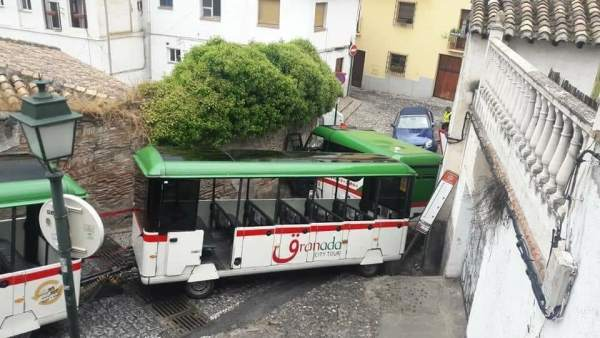 Accidente del tren turístico en Granada