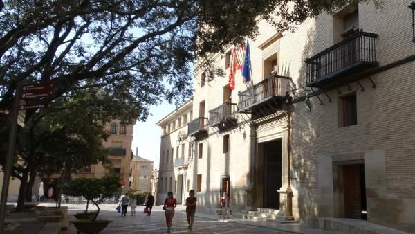 Palacio Municipal de Huesca.