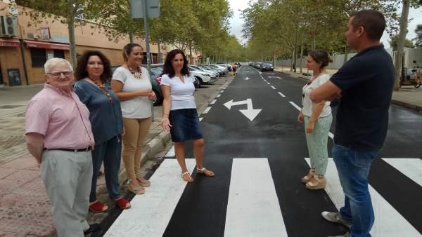 Obras de pavimentación y fresado en vías del barrio de Parqueflores de Sevilla