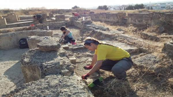 Excavaciones En La Casa De La Cañada Honda De Itálica De Santipoce