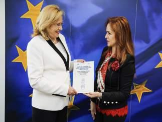 Clemente con la comisaria europea