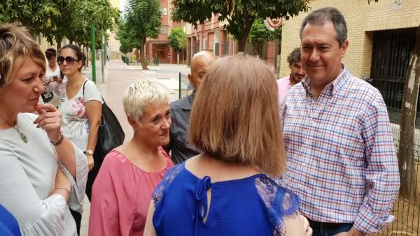 [Sevilla] San Carlos. Nota De Prensa, Fotografía Y Vídeo.