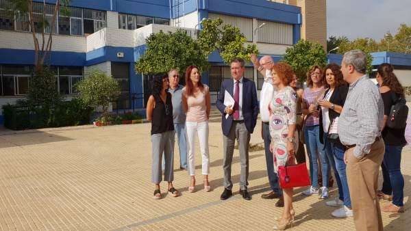 El Ayuntamiento de Sevilla destaca sus inversiones en centros educativos