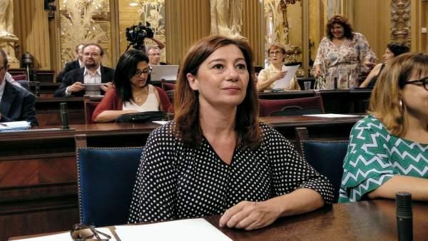 Francina Armengol, en una imagen de archivo durante un pleno del Parlament
