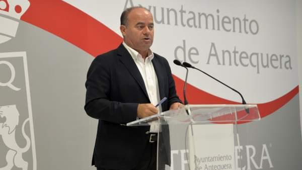 El alcalde de Antequera, Manuel Barón