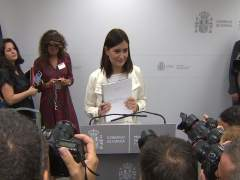 """Carmen Montón defiende su """"honestidad"""" al realizar un máster"""