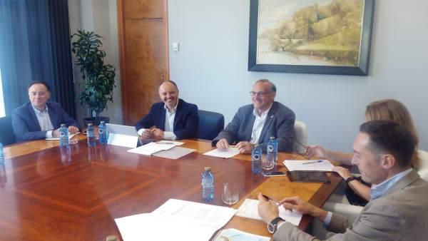 Reunión del rector de la UVigo y el delegado de Zona Franca