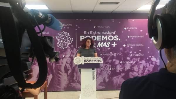 Clara Sayabera en rueda de prensa este lunes en Mérida