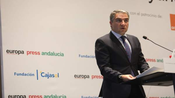 El presidente de la Diputación, Elías Bendodo, y del PP de Málaga