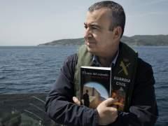 """Lorenzo Silva: """"A los que piratean mis libros los aplauden"""""""