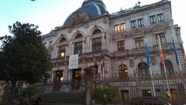 Jornada de Puertas Abiertas en la Junta General del Principado de Asturias