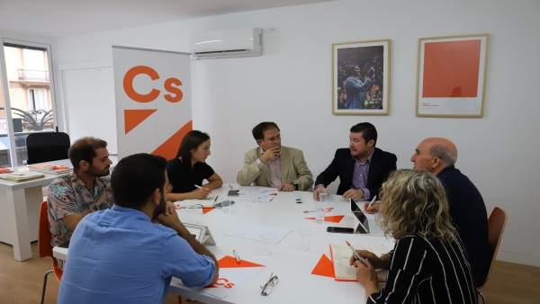"""Cs comença a """"engreixar"""" la seua maquinària electoral amb l'objectiu de presentar-se en tots els municipis valencians"""