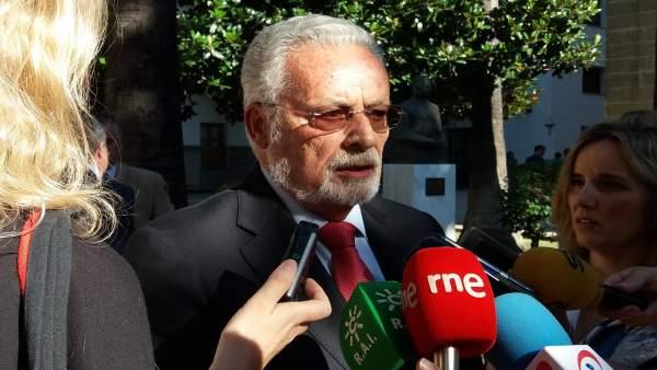 El Defensor del Pueblo Andaluz, Jesús Maeztu, en el Parlamento andaluz