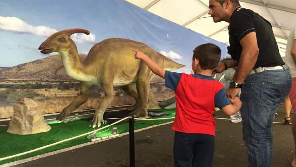 La exposición 'Dinosaurs Tour' llega a Huelva el 15 de septiembre.