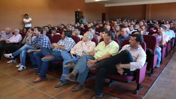Asamblea de la Plataforma en Defensa de los Regadíos del Condado.