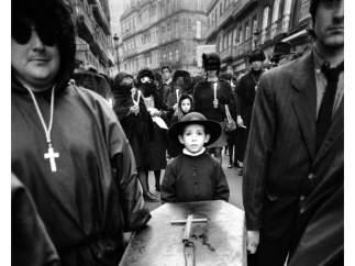 Formó parte del grupo AFAL, que renovaría la fotografía española a mediados del siglo XX