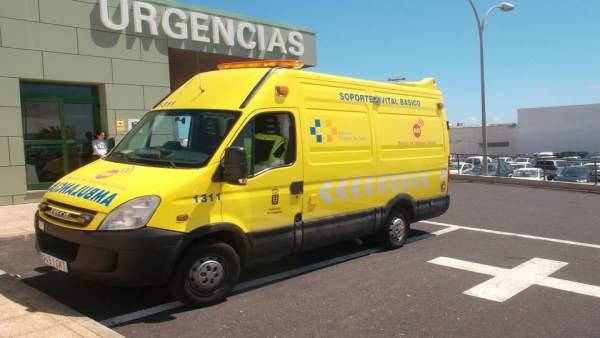 Ambulancia del Servicio de Urgencias Canario (SUC)