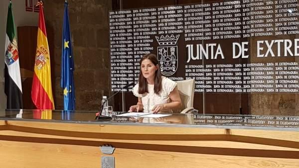 Gil Rosiña en rueda de prensa hoy tras el Consejo de Gobierno de la Junta