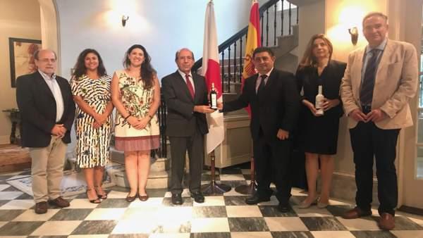 Encuentro con el embajador español en Japón
