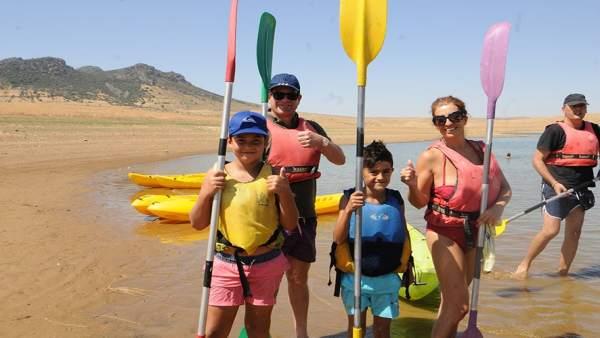 Actividad acuática en Peñalsordo