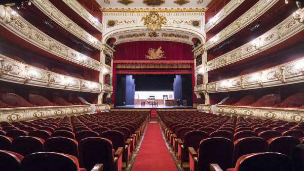 """La Generalitat llançarà una """"targeta cultural"""" que bonificarà l'adquisició de productes culturals"""