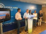 Comparecencia de Josep Tutusaus, junto a responsables del PP de Jaén.