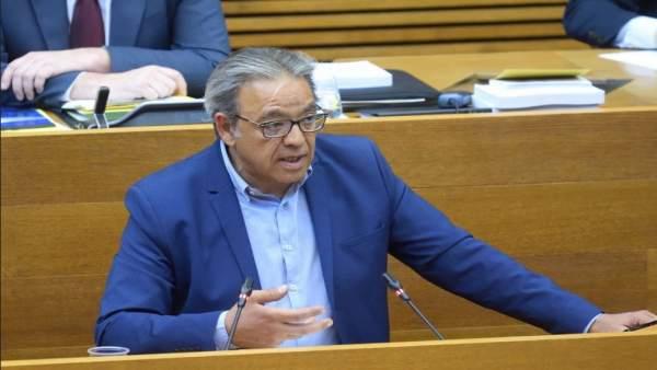 """Mata (PSPV) afirma que el cas de Montón """"molt poc té a veure"""" amb altres que ni van pagar ni van fer el màster"""