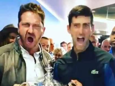 Gerard Butler y Novak Djokovic