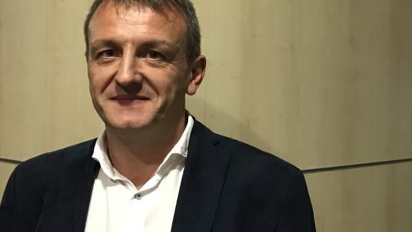 El consejero municipal de Economía y Cultura, Fernando Rivarés.