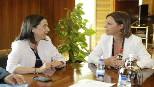 Margarita Robles con Isabel Ambrosio