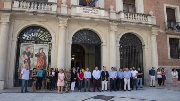 Fn. La Diputación Muestra Su Repulsa Contra La Violencia De Género