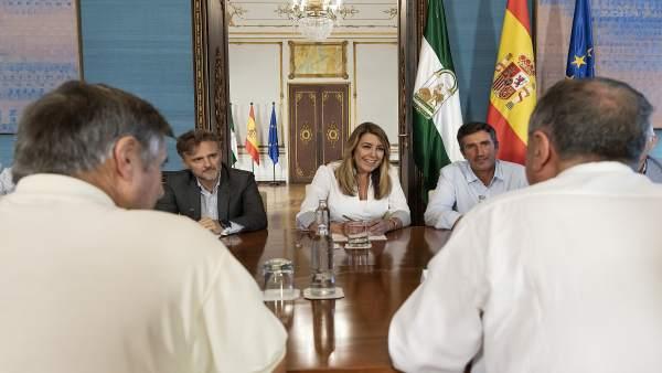 La presidenta de la Junta, Susana Díaz, se reúne con regantes del Condado.