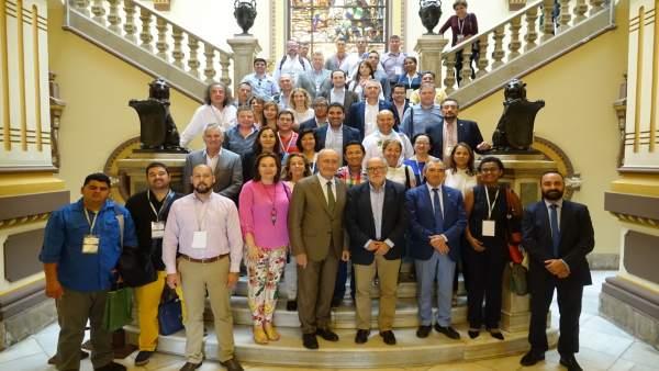 Encuentro De la Torre con delegación de Union Iberoamericana de Municipalistas