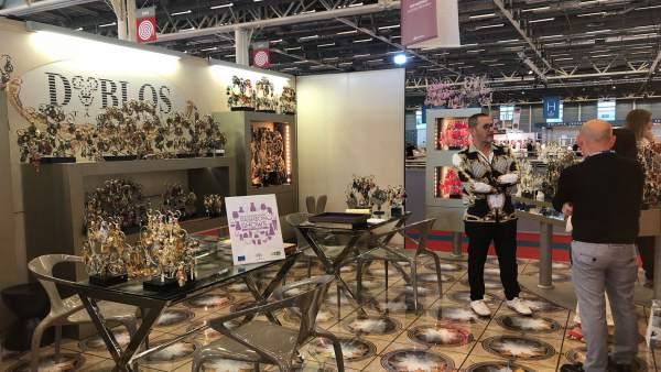 [Grupoeconomiacat] Foto Y Nota De Prensa: Empresas Sevillas De Moda Exponen Sus